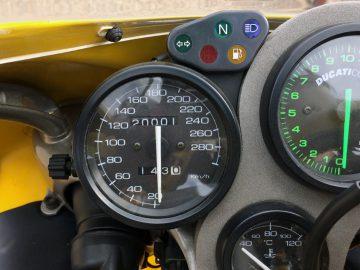 DUCATI 748Rの走行距離が2万kmになった